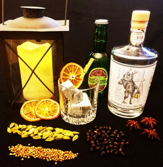 Hoolgaascht Dry Gin