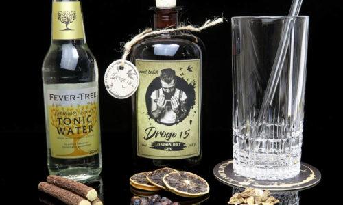 Der Droge15 Gin im Review auf ginvasion.de