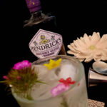 Der Hendricks Midsummer Solstice Gin im Review auf ginvasion.de